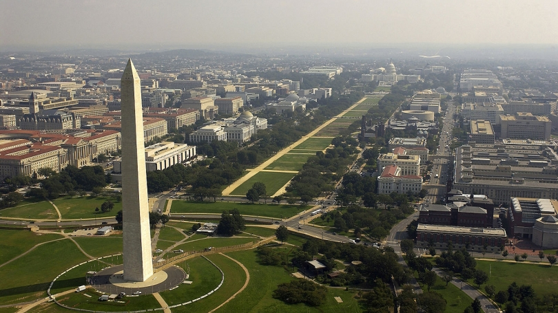 aerial image of washington monument